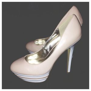 Shoedazzle Shoes - 💥SALE💥 Nude & White Heels