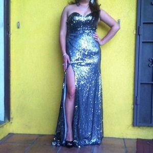 Dresses & Skirts - Elegant Beautiful DRESS