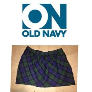 Old navy green plaid wool mini. 8