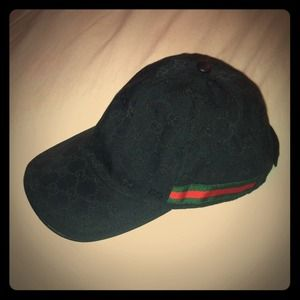 56 off gucci accessories authentic gucci cap from. Black Bedroom Furniture Sets. Home Design Ideas