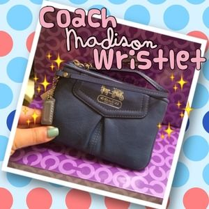 COACH Madison leather wristlet in periwinkle. NWT!