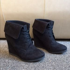 Boots - Black Suede Cuffed Wedge Lace-up Ankle Boots