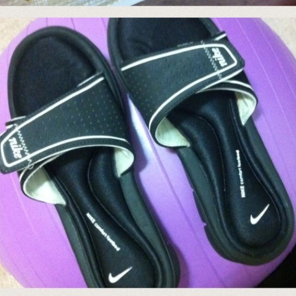 best service a9ed4 9736d nike footbed shoes