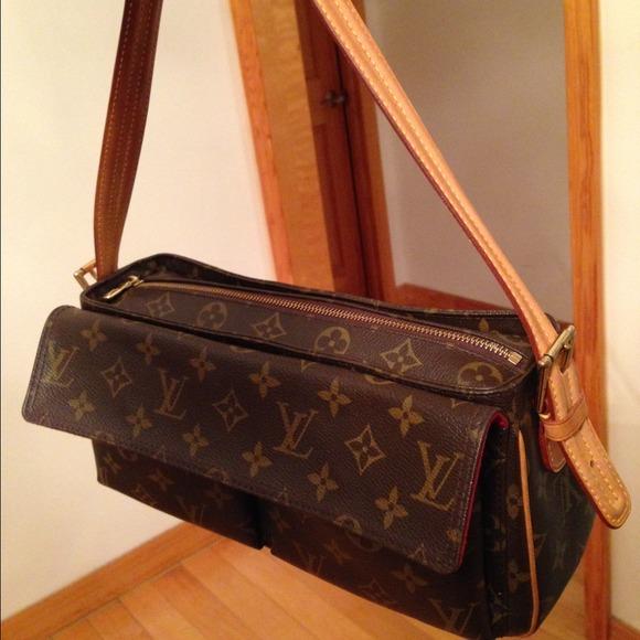 Louis Vuitton Handbags - Authentic Louis Vuitton Viva Cite monogram bag ae99de5194