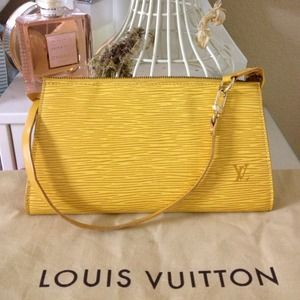 Authentic Louis Vuitton Yellow Epi Pochette ✨