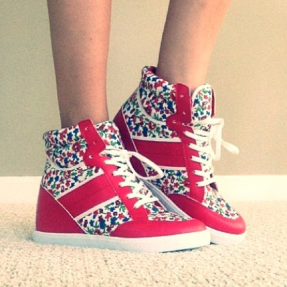Shoes - Red floral wedge sneakers