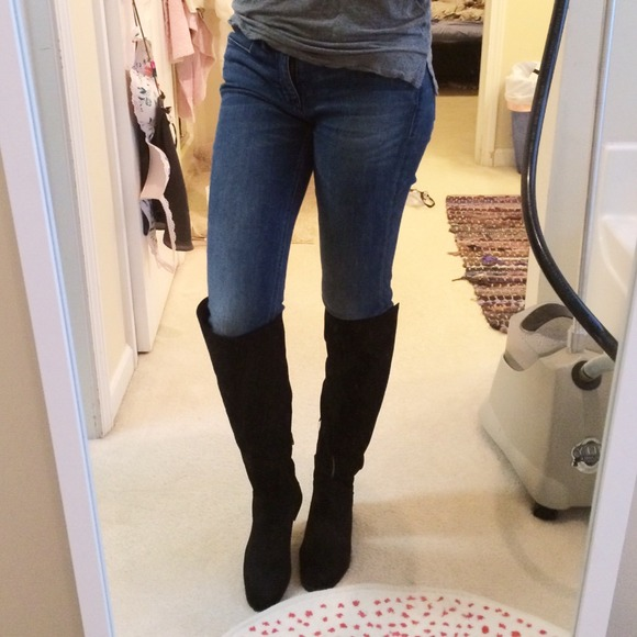 Zara - Zara Flat Suede and Leather knee high boot from Ally's ...