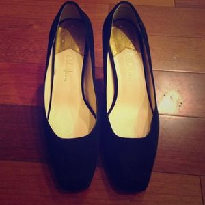 Cole Haan Shoes - Cole Haan black suede pumps