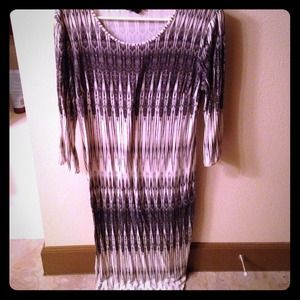 H&M Tribal print bodycon dress. MIDI. Size large.