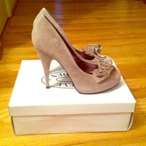 Blush Suede Steve Madden Pumps