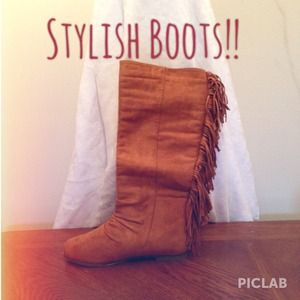 Stylish Fringe Boots!!❤