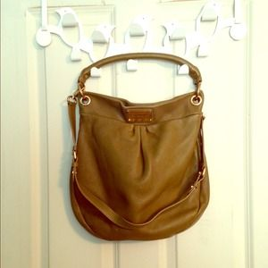 Marc Jacobs Hillier Hobo with Shoulder Dtrap