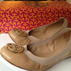 Tory Burch Shoes - 🔴SOLD🔴Popular Caroline Tory Burch