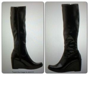 BUNDLEDVegan Black Wedge Boots
