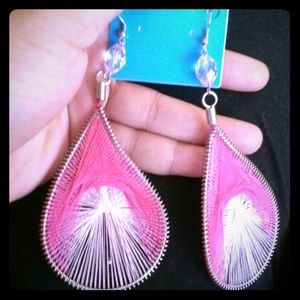 Threaded pink earrings: brand New