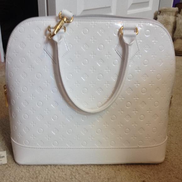 30% off Invece Handbags - Genuine Invece large white leather ...