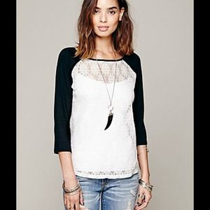 ❤️️SOLD❤️Free People Lace Baseball Tee S