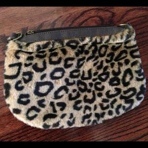 Handbags - Faux fur cheetah leopard animal print clutch purse