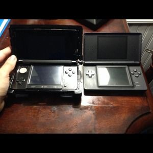 Accessories - 3ds/ds lite bundle (great for older and younger