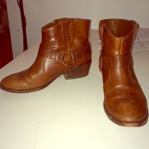Kork Ease cognac booties