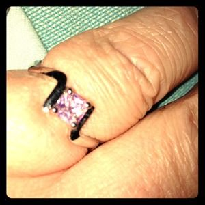 Accessories - Pink cz ring