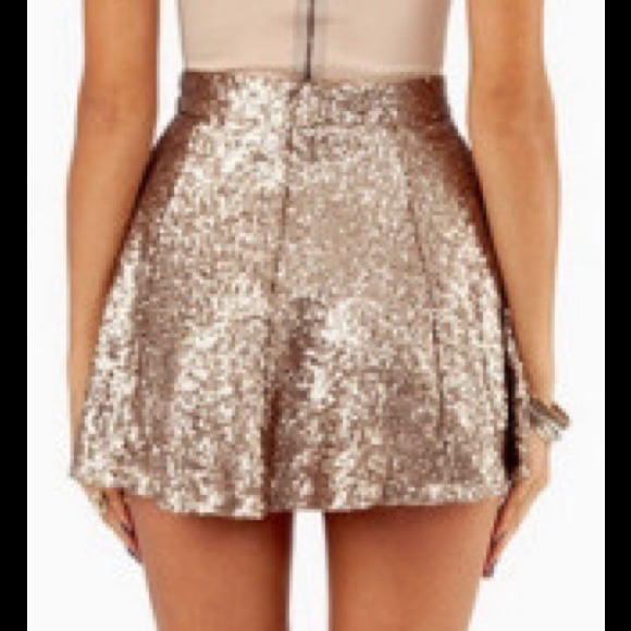 40% off Tobi Dresses & Skirts - 🎉Gold Sequin Skater Skirt! NWOT ...