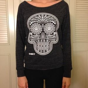 Obey skull pullover