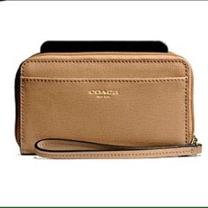 🔱Coach  Universal Saffiano Leather Case/Toffee