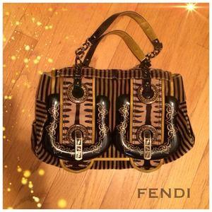 ✨SALE✨ FENDI B