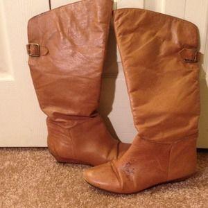 Steve Madden tan boots
