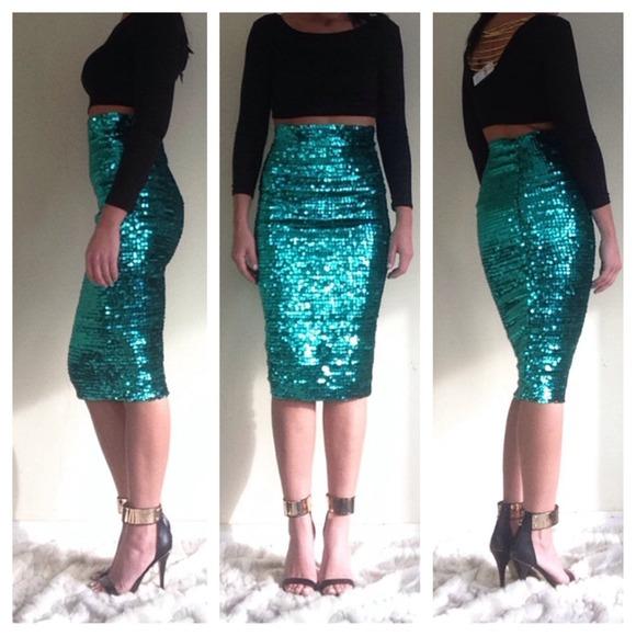 ASOS Skirts - ASOS green pencil sequins skirt 6