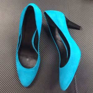 NWT Auth Rebecca Minkoff Blue Suede Leather Pump