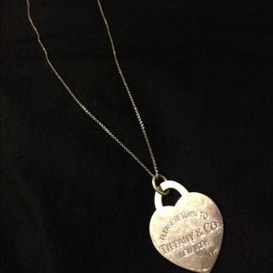 TIFFANY & Co. Jumbo Heart Pendant