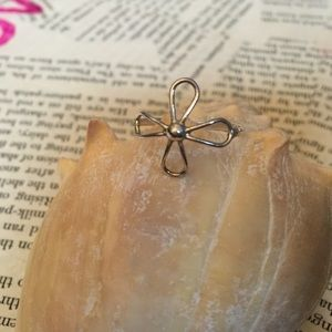 Jewelry - Delicate Sterling Silver flower ring