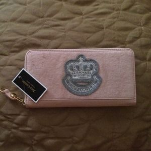 NWT Juicy Couture pink wallet
