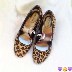 🎉HP🎉 Mossimo Leopard prints pumps