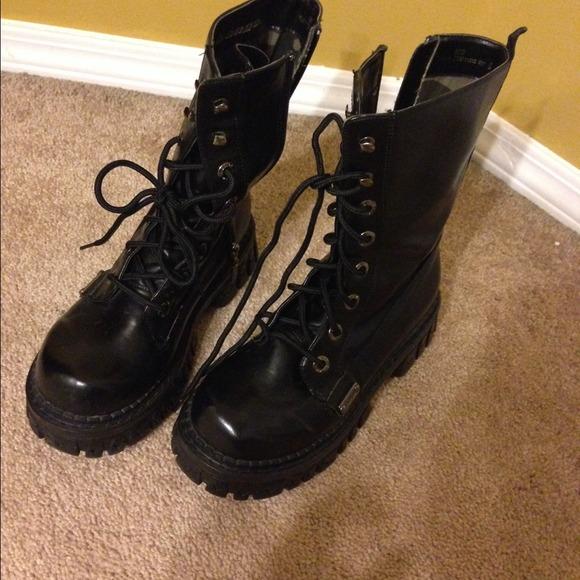 BONGO Shoes | Combat Boots | Poshmark