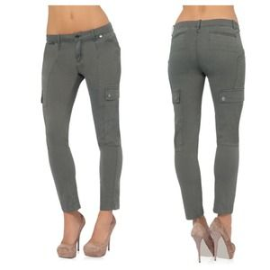 Denim - The Chic Cargo in Olive Size 26 Cropped Pants
