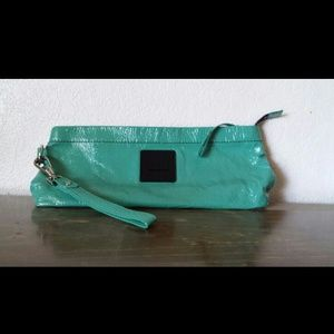 Kenneth kole reaction leather clutch!