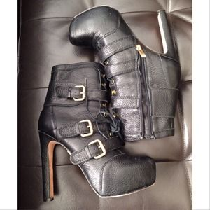 Pour La Victoire Boots (Previously Loved)