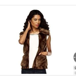 Rachel Zoe Faux Fur Vest w/ Hook & Eye Closure