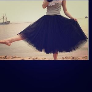 Dresses & Skirts - Super cute fashion toule skirt