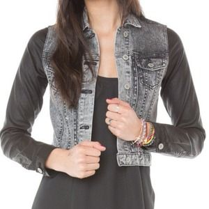 Brandy Melville Lee Jacket, OS!