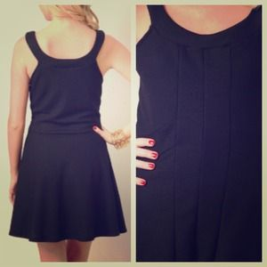 Chic Black Stretch Jersey Skater Dress