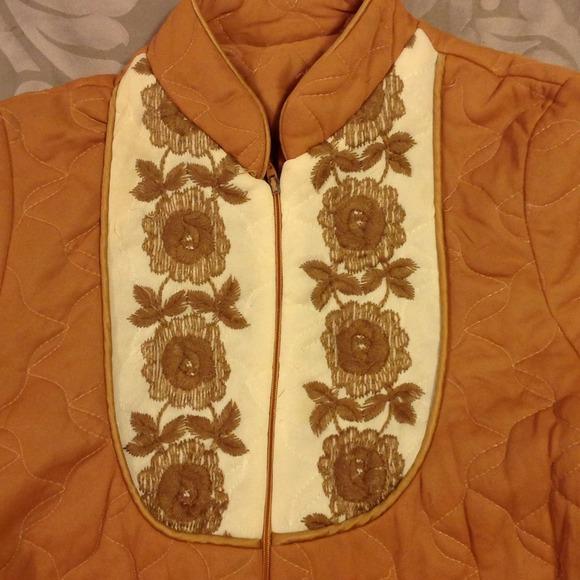 Vintage House Coat 115