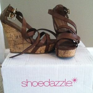 Brown and cork wedges