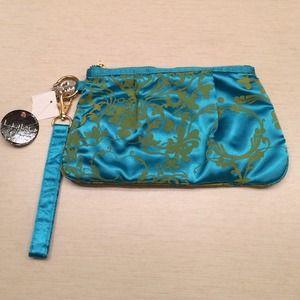 LuLu blue clutch w green textured print