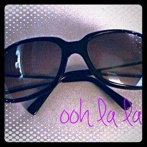 Fashion Sunglasses w/ Rhinestone Accents