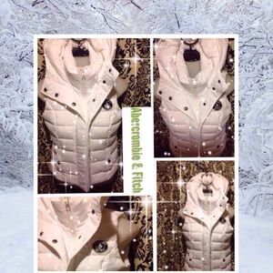 Abercrombie & Fitch White Puffy Vest