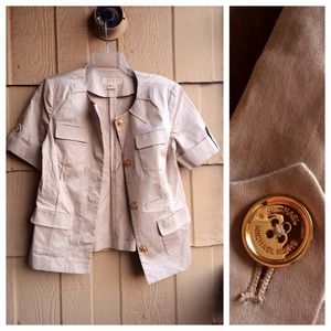 🌻🎉HOST PICK 🌟 Michael Kors Short Sleeve Jacket